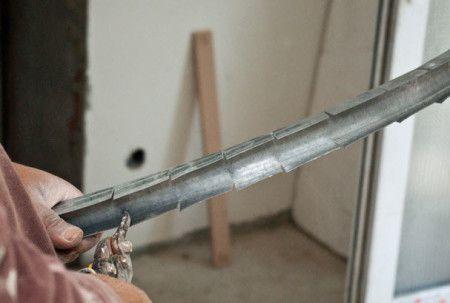 Сгиб профилей с помощью ножниц по металлу