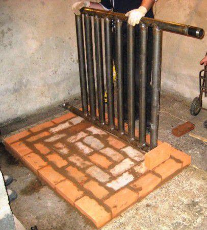 Монтаж водяного контура при строительстве кирпичной буржуйки