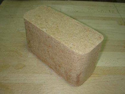 Образец деревянного брикета из опилок