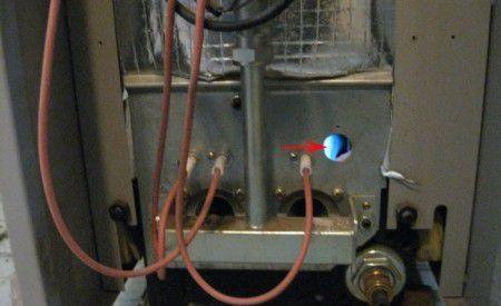 Как отрегулировать зазор между горелкой и запальником вид сзади