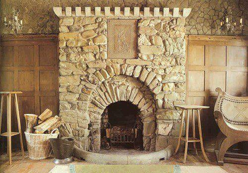 Камины и барбекю с отделкой из натурального камня фото порталы для электрокаминов из оникса