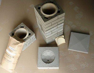 Трубу можно обложить кирпичом или специальными блоками