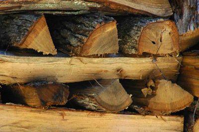 Между дровами обязательно оставляются воздушные простветы