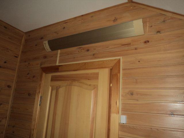 Размещение над дверью предотвратить поток холодного воздуха