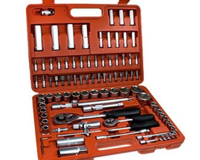 Слесарный набор инструментов