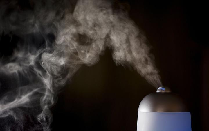 Процесс насыщения воздуха влагой не имеет естественного температурного ограничения
